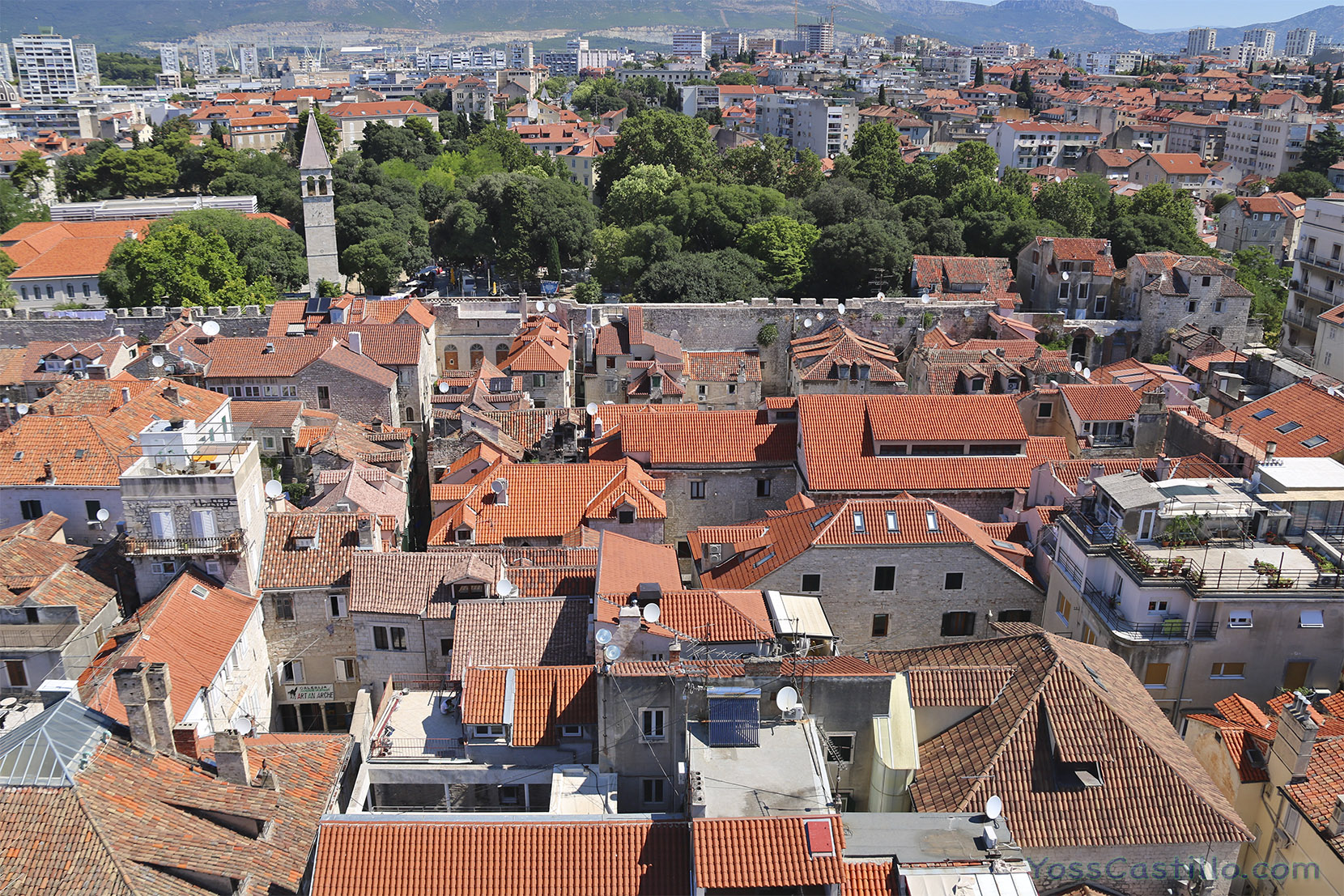 Campanario y Catedral en Split, Croacia